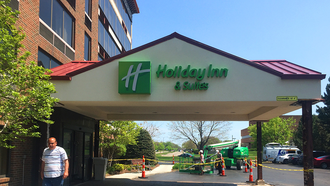 HOLIDAYS INN